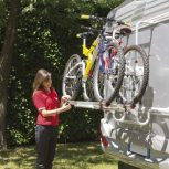 Lakóautó hátsó fali kerékpártartók